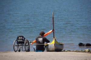 Single kayaker, from wheelchair to water. (Hadi Dadashian photo)